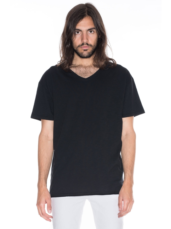 Lasse Loose V-Neck Black short-sleeved tees solid