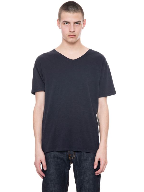 Lasse Loose V-Neck Navy short-sleeved tees solid