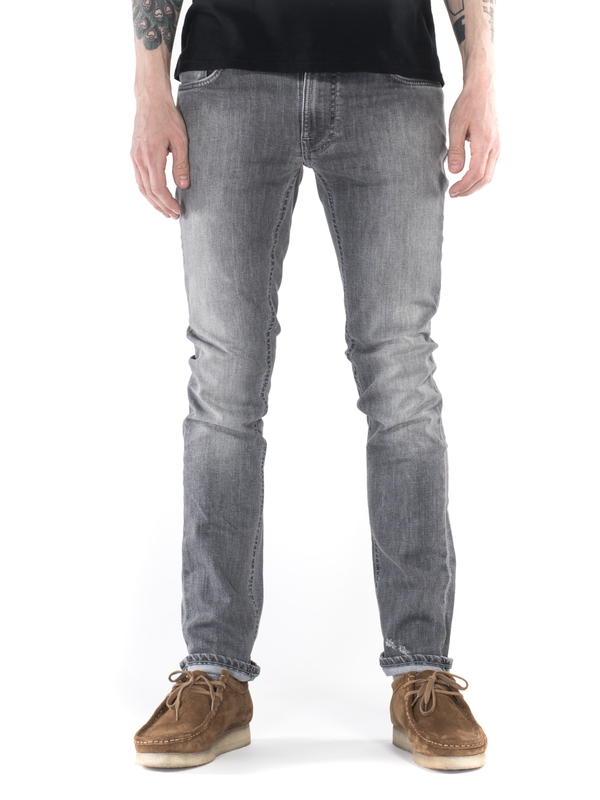 Thin Finn Dark Pavement prewashed jeans