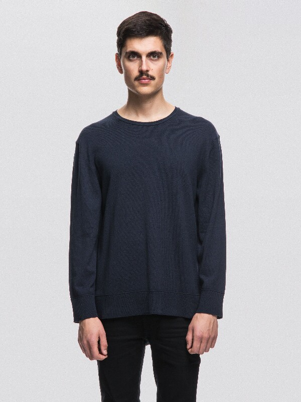 Tony Raw Seam  Navy knits