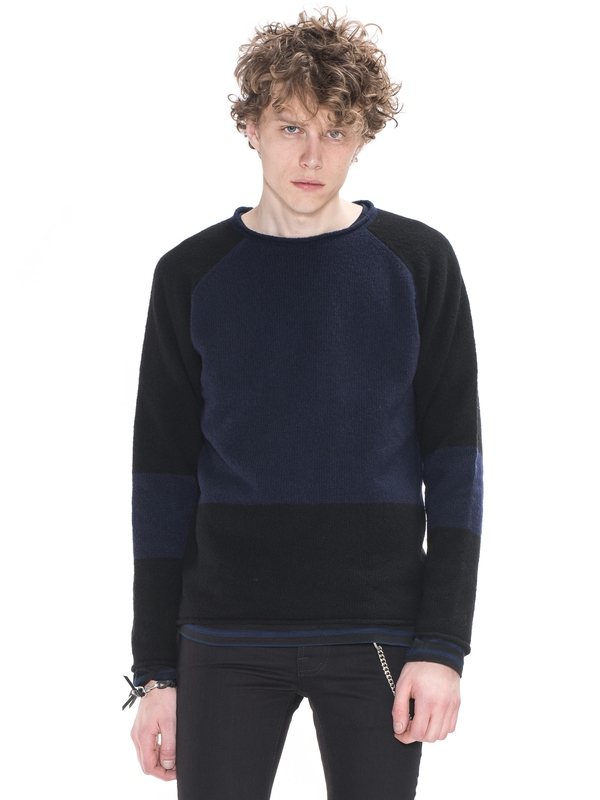 Vladimir Boiled Wool Black/Blue knits