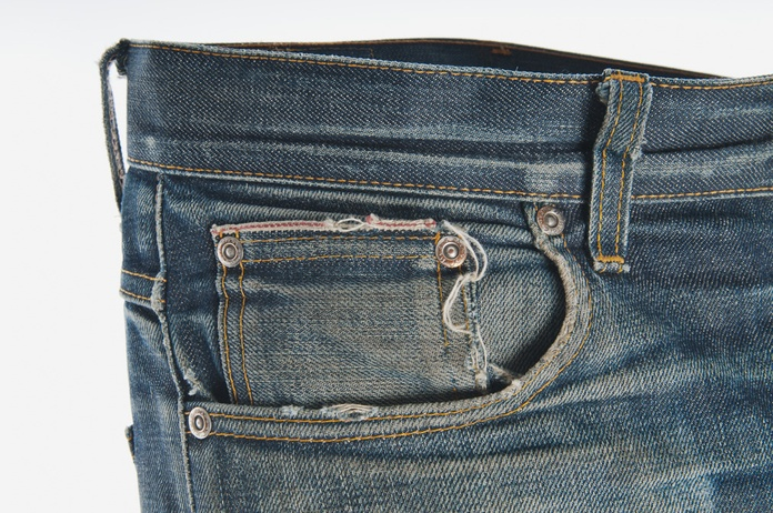 There's a hole in your selvage edge, dear Liza.